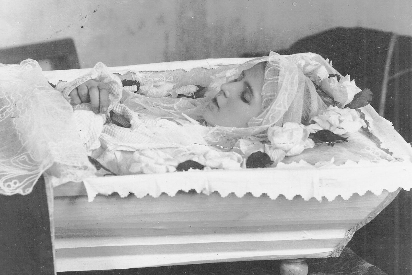 Шурочка Лётова. 18 марта 1920